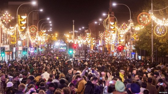 Leicester lit up for Diwali, the Hindu festival of lights (BBC)