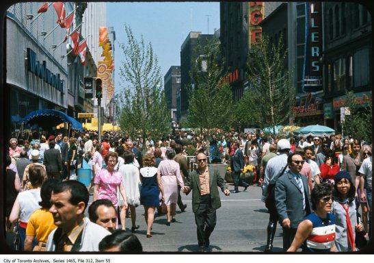 Yonge Street street scenes for urban planning.. - 1970-1972